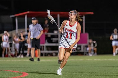 UT Women:  Vaccaro Named National Offensive Player of the Week by the IWLCA!